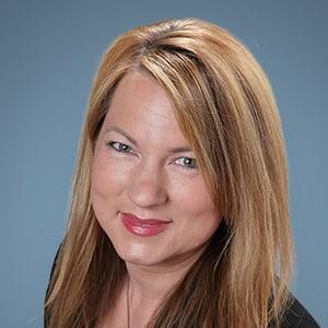 Julie Manheim, Startup COO and Former Midmarket Executive